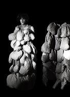 Skulpturen Kostüme- Verganglichkeit Theater Movie Kassel 1989, Alexandra Holownia
