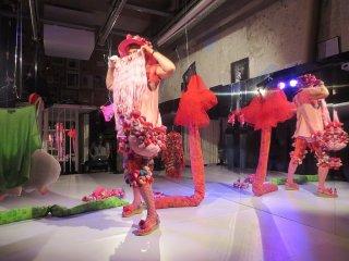 Alexandra Fly Dance Performance, Alexandra Holownia