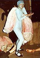 Skulpturen-Kostüme Performance Ulisses, Alexandra Holownia